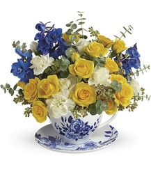 Teleflora's Pretty Teatime Bouquet from Inglis Florist in Tucson, AZ